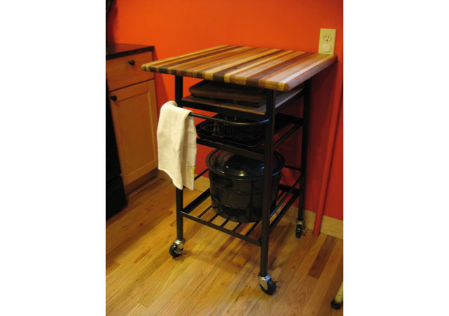 kitchen-roll-table
